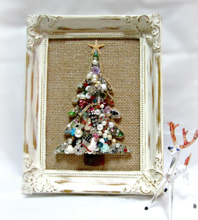 Vintage jewelry christmas tree in distressed frame